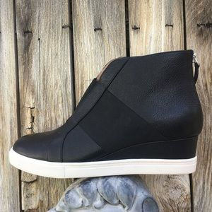 New Linea Paolo Amber Wedge Sneaker Black 9